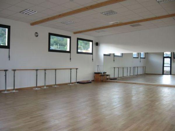 Location Salles de danse (région de Rodez) à Onet le